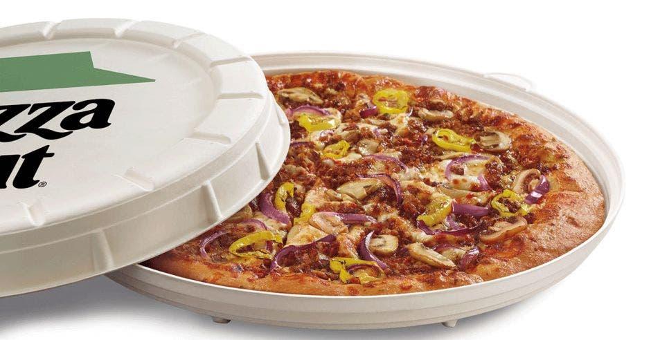 Incogmeato pizza