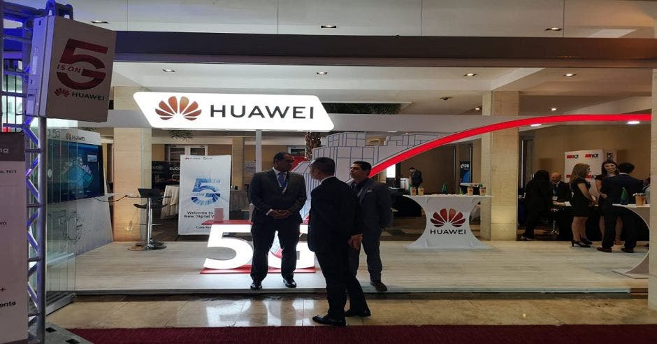 Stand Huawei