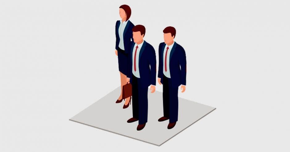 Tres ejecutivos