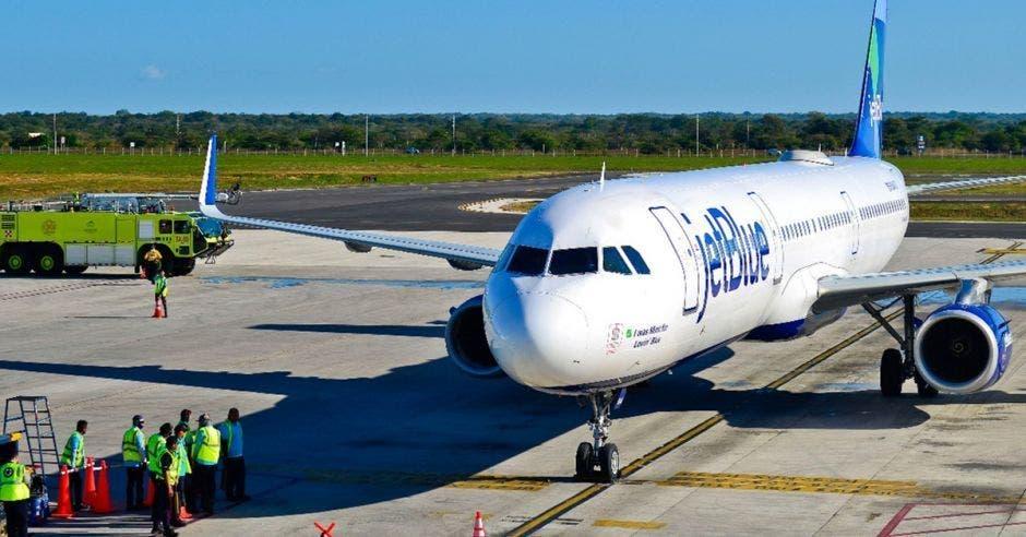 Esta operación de Jet Blue ofrece de nuevo un vuelo sin escalas entre el aeropuerto John F. Kennedy y San José Costa Rica. Cortesía/La República.