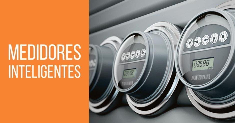 Los medidores ayudan no solo a los usuarios a ahorrar, sino que también que también ayudan a gestionar la demanda energética del país.