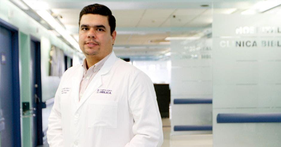 Rodolfo Garbanzo, de la Jefatura Clínica de la Dirección Médica del Hospital Clínica Bíblica.
