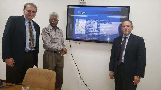 Rao presentó el proyecto ante André Garnier, ministro de Coordinación con el sector privado y Claudio Ansorena, embajador de Costa Rica en India.