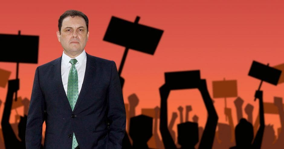 Carlos Ricardo Benavides, presidente de la Asamblea Legislativa. Archivo/La República.