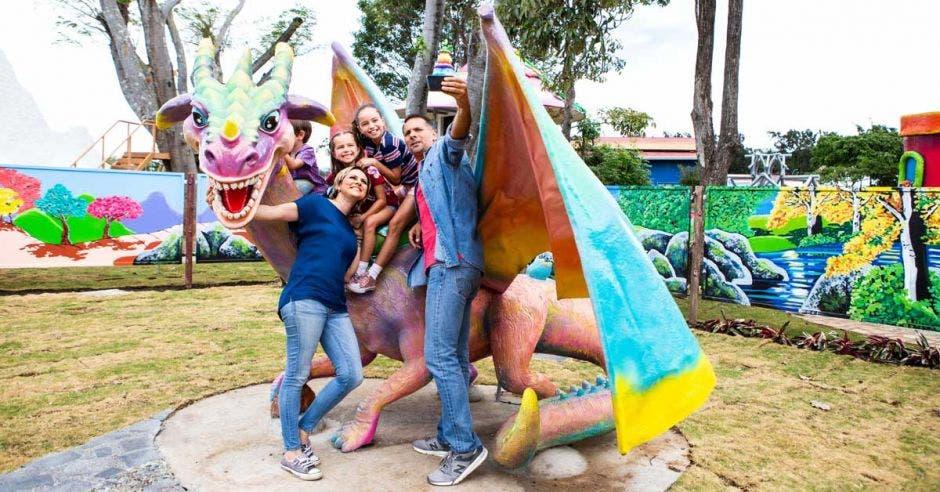 Familia en Parque Diversiones