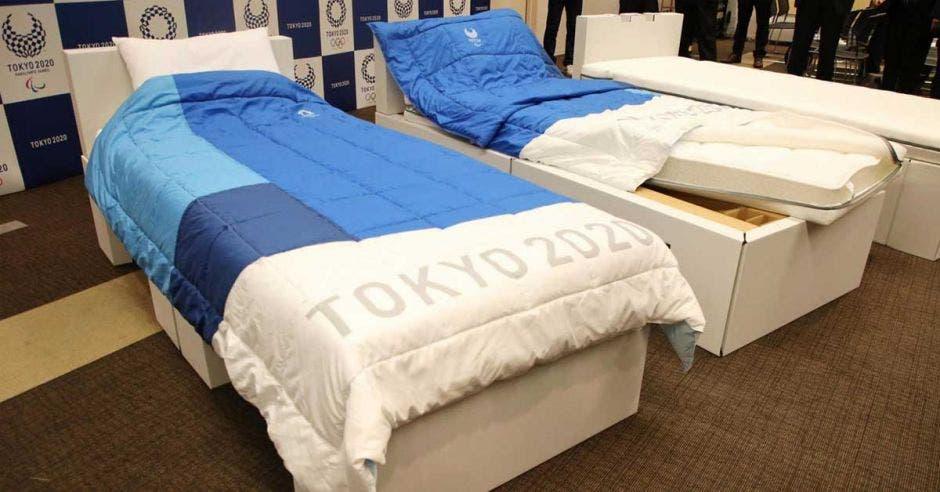 camas blancas