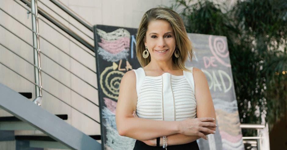 Alejandra Quirós, rectora asociada de Relaciones Externas de Ulacit.