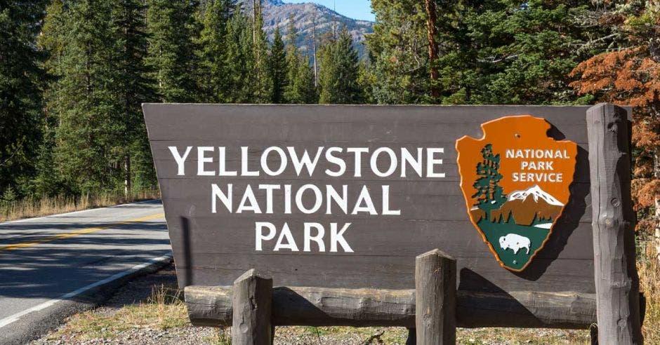 Letrero del Parque Yellowstone