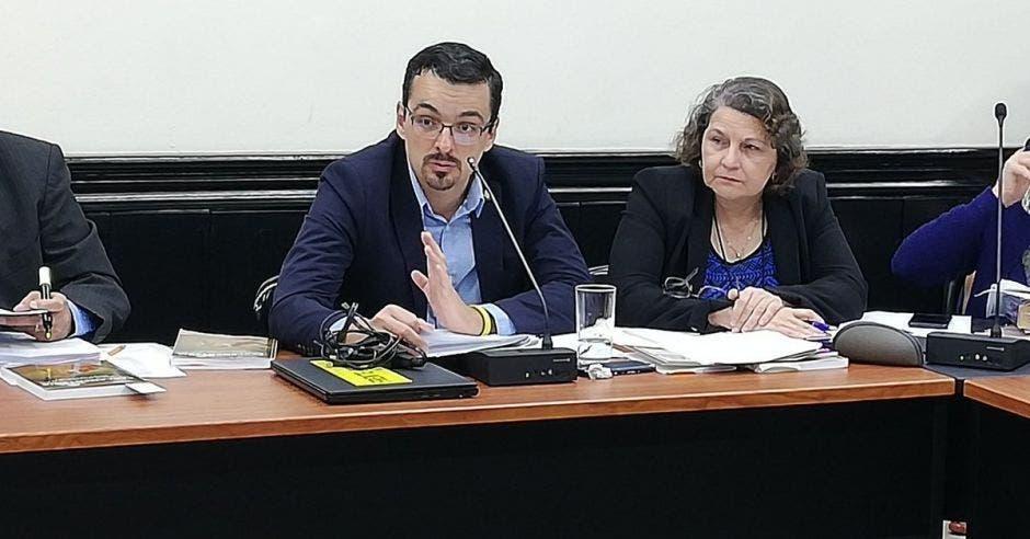 José María Villalta, diputado del Frente Amplio, Archivo/La República.