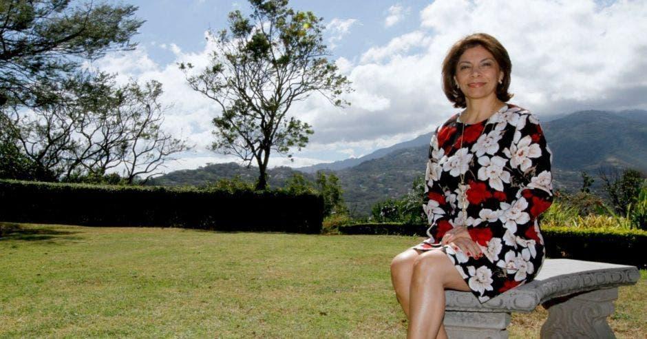 La expresidenta Laura Chinchilla participó el miércoles pasado en un acto político de Iris Arroyo, candidata a la alcaldía de Puriscal por el PLN. Archivo/La República.