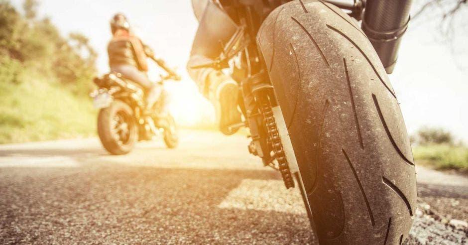 motocicletas en una calle