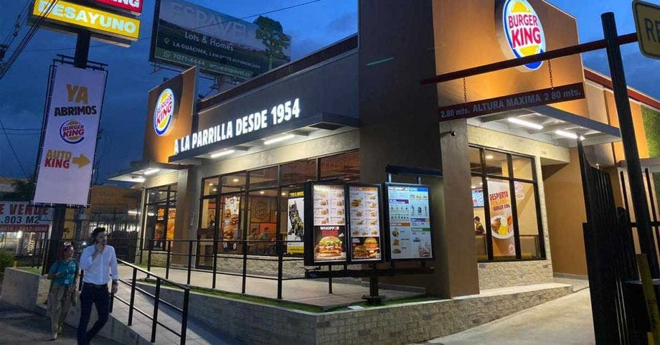 Local de Burger King en La Radial, Alajuela