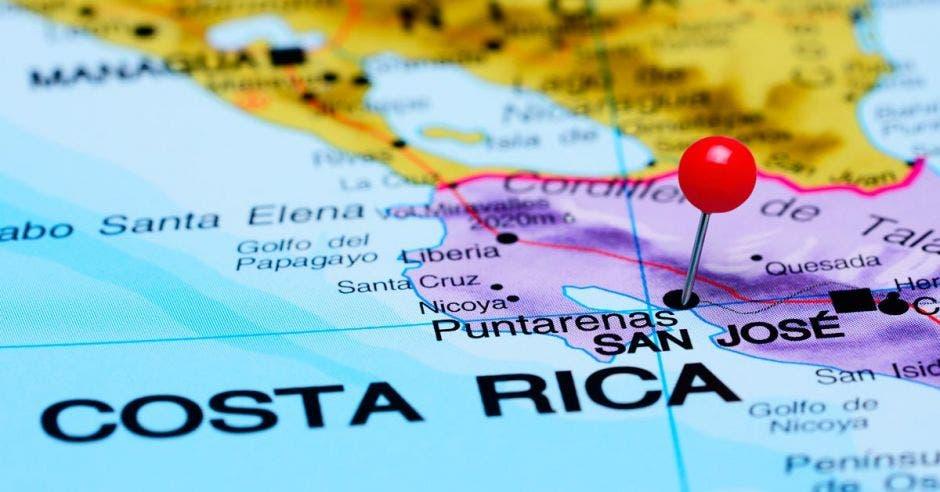 mapa de Costa Rica con pin rojo