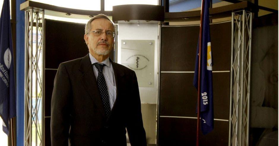 Luis Carlos Pastor, presidente del Colegio de Médicos