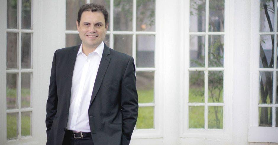 Carlos Ricardo Benavides, presidente del Congreso. Archivo/La República.