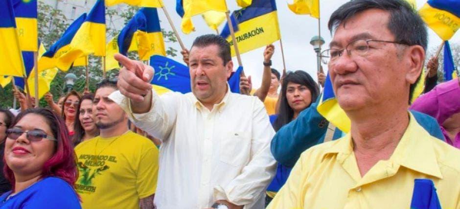 Douglas Altamirano en un evento político.