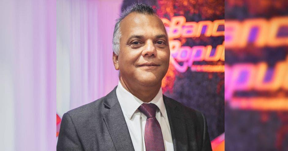 Maurilio Aguilar del Banco Popular