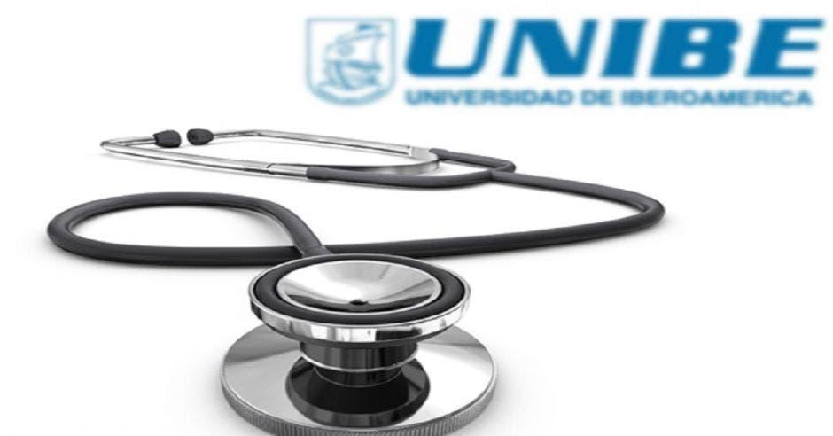 Un estetoscopio y el logo de Unibe