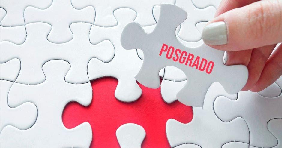 Un rompecabezas con la palabra posgrado