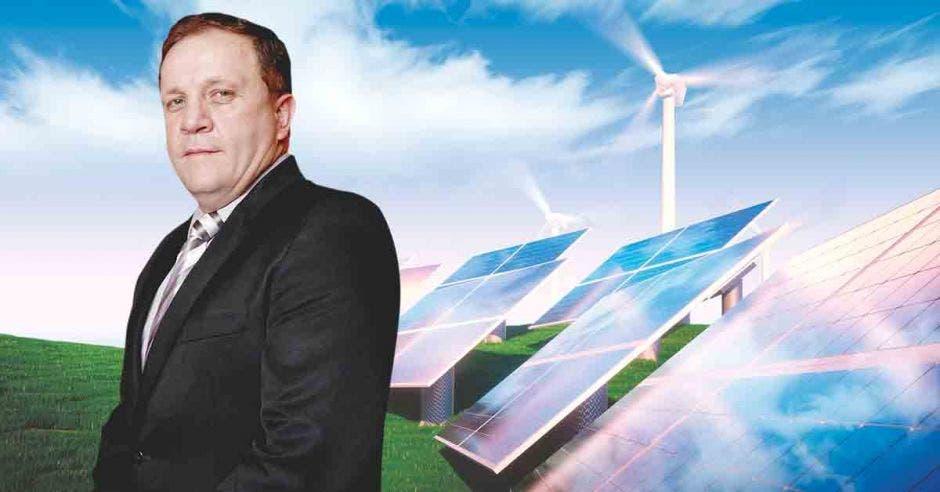 Erick Rojas, gerente de Coneléctricas.