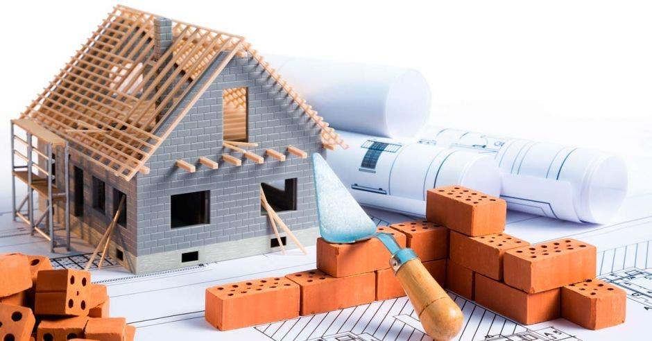 casa en construcción en caricatura