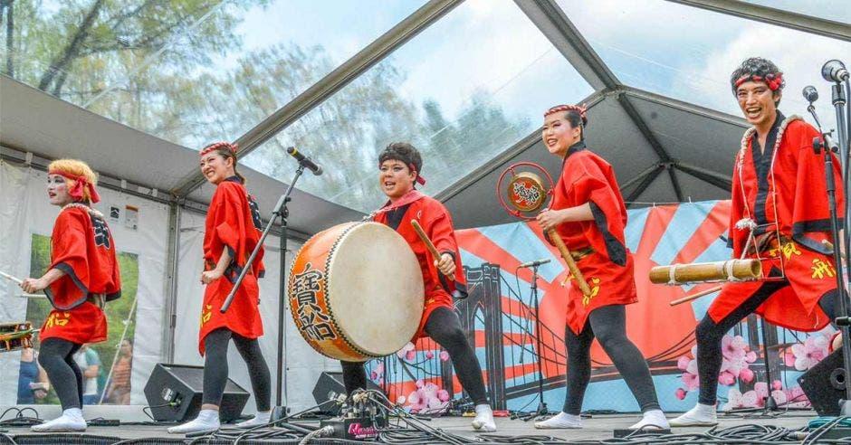 Grupo de baile japonés