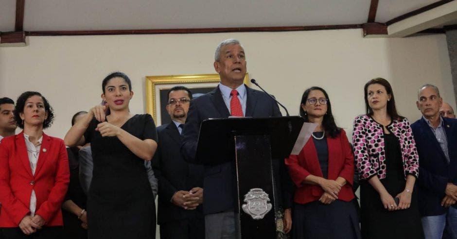 Víctor Morales presentó su renuncia hoy. Cortesía/La República.
