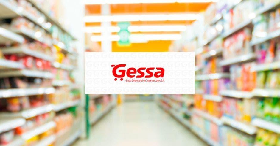 El logo de Gessa sobre un pasillo de supermercado