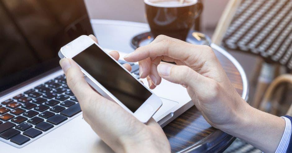 El comercio electrónico sería una forma de sostener la economía ante la preocupación por el coronavirus.