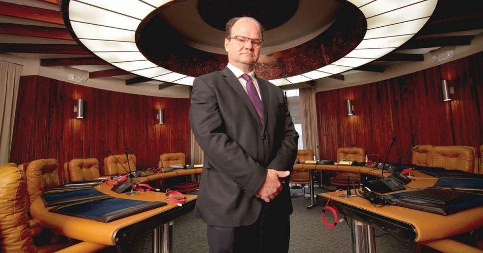 Elian Villegas, residente ejecutivo del INS