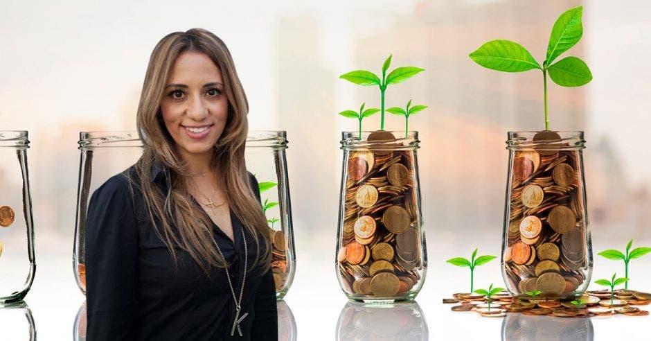 """""""Si la crisis se mantiene en el tiempo, sería una razón extraordinaria para solicitar un adelanto de la cuenta del Fondo de Capitalización"""", dijo Karine Niño, diputada de Liberación. Cortesía/La República."""
