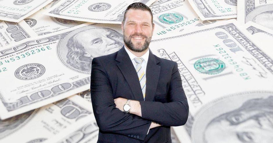 """""""No es momento para alarmarnos en temas de tipo de cambio, este aumento es normal"""", dijo Daniel Suchar, economista independiente. Archivo/Shutterstock/La República."""