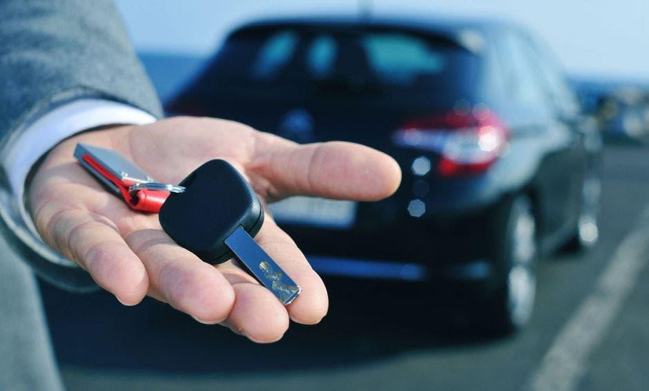 carro y llaves