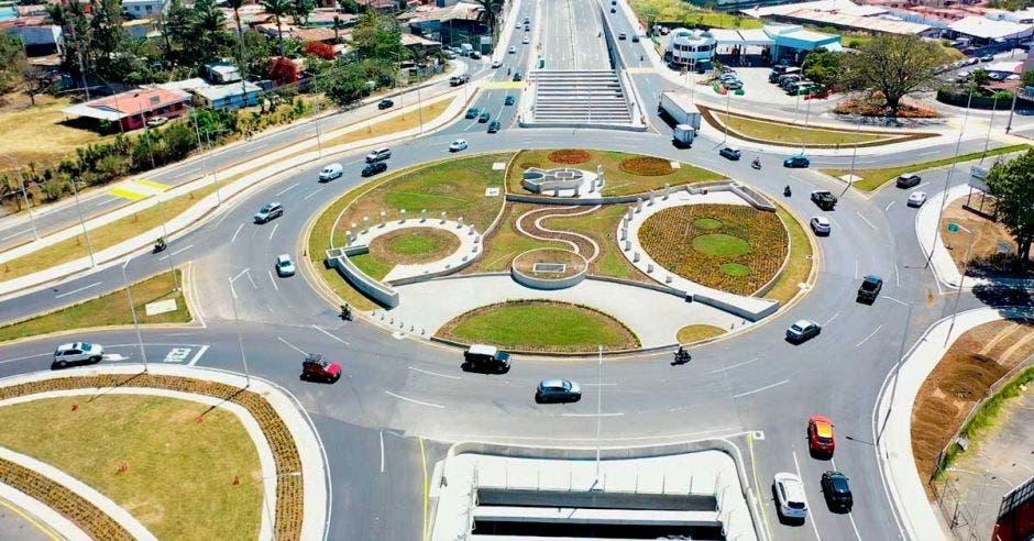 Foto aérea de parte superior de rotonda de las Garantías Sociales