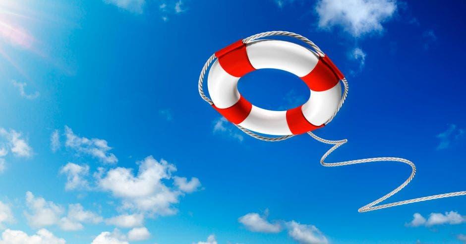 salvavidas en el cielo