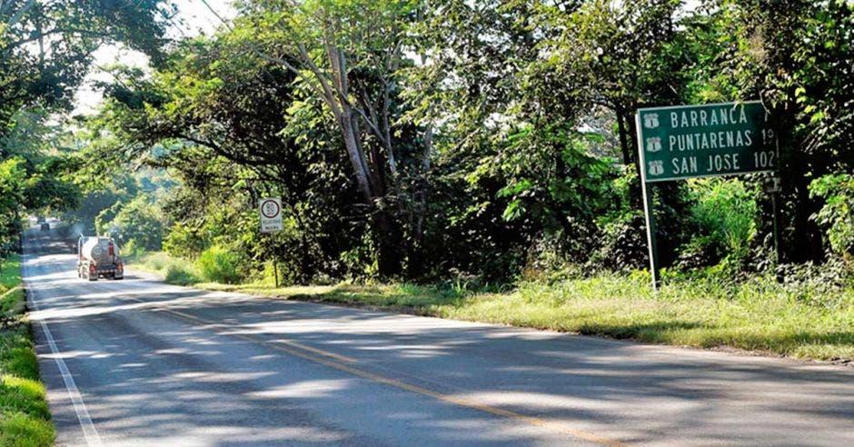 Tramo de carretera entre Limonal y Barranca