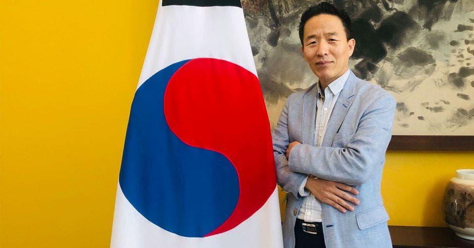 Chan-sik Yoon, embajador de Corea del Sur