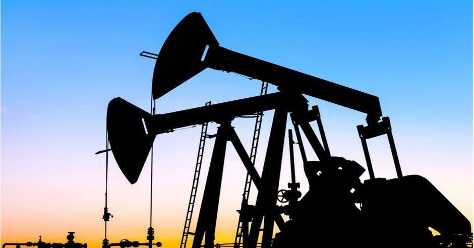 máquinas extractoras de petróleo