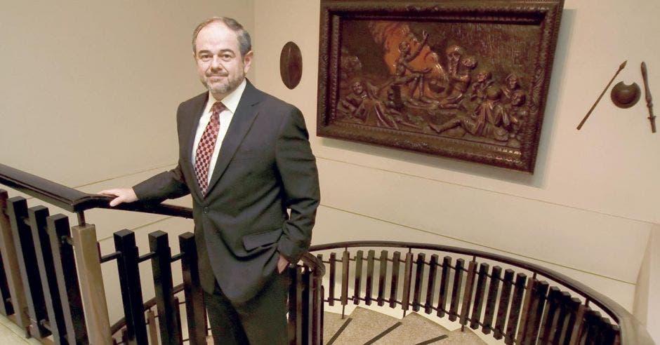 Bernardo Alfaro.