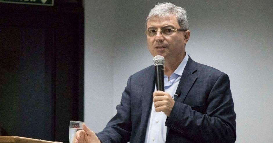 Gerardo  Corrales