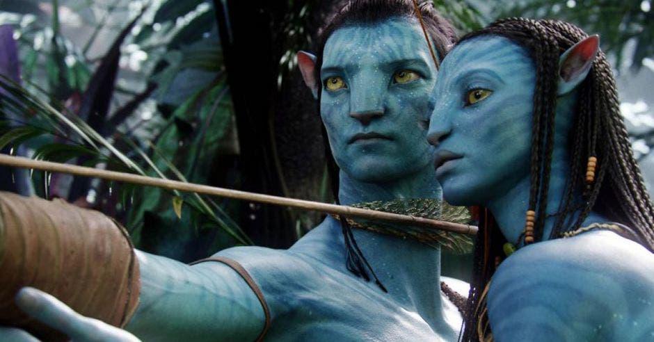 Dos personajes de Avatar