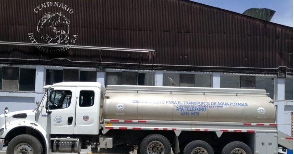 Camión con agua