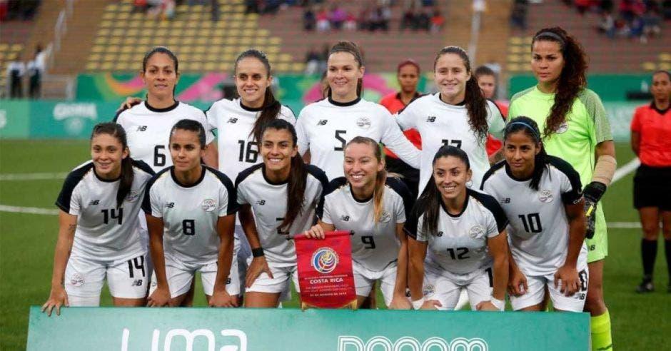 mujeres ticas futbol