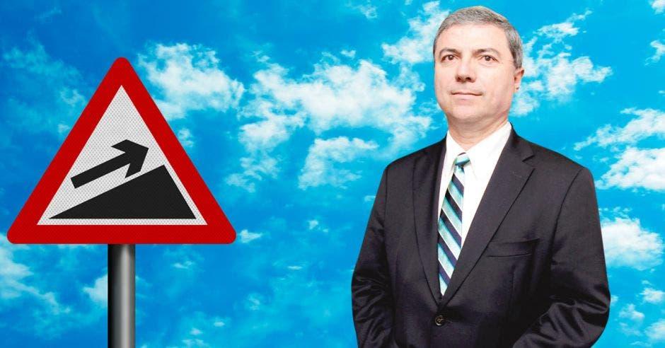 Gerardo Corrales  Director  Economía Hoy