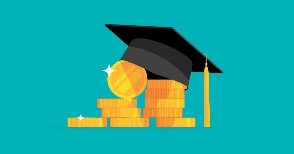 Dinero y un birrete de graduación