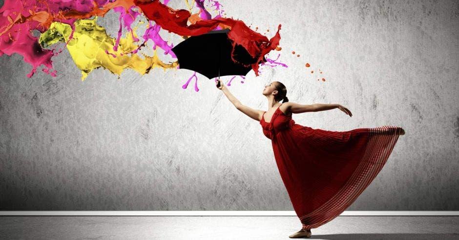 mujer danzando