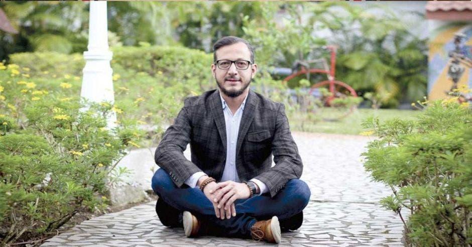 Enrique Sánchez, diputado del PAC y representante de la comunidad LGTB. Archivo/La República.