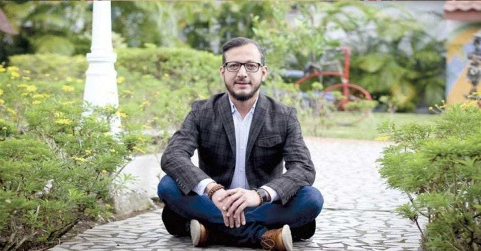 """""""Es un día muy importante, histórico, en donde Costa Rica va a mostrar la mejor versión de sí misma"""", según Enrique Sánchez, diputado del PAC. Archivo/La República."""