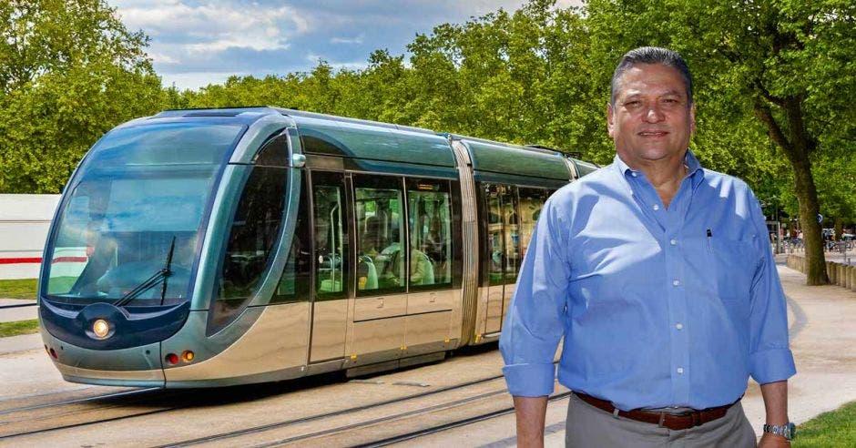 """""""El tranvía es complementario al tren eléctrico y ayudaría a descongestionar las calles"""", dijo Johnny Araya, alcalde de San José. Archivo-Elaboración propia/La República."""