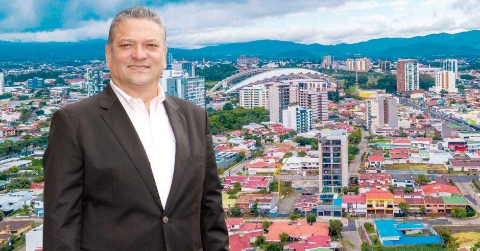 """""""La gente va a buscar lugares que sean seguros, desde el punto de vista sanitario y en esa área, Costa Rica es campeón latinoamericano"""", dijo Johnny Araya, alcalde de San José. Archivo/La República."""